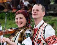 На Прикарпатті молодь танцюватиме лише під українську музику